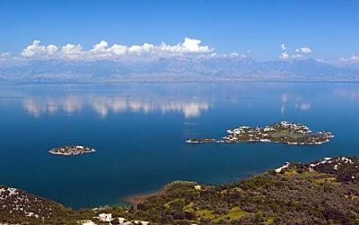 Вид на Большое Невольничье озеро