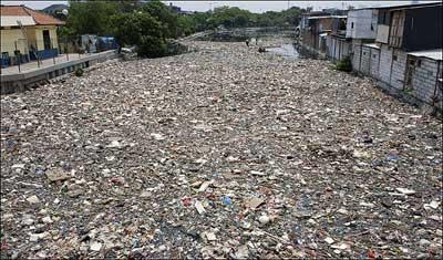 Самая грязная река в мире фото 1
