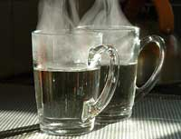 Полезно ли пить горячую воду?